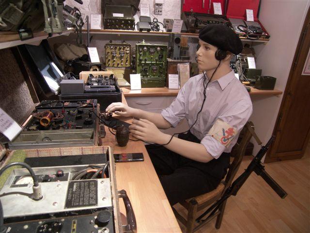 F6CIA son musée radio personnel